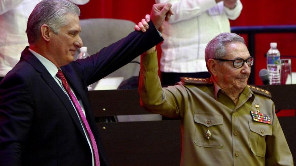 Raúl Castro passes baton to next generation at Cuban Communist Party congress