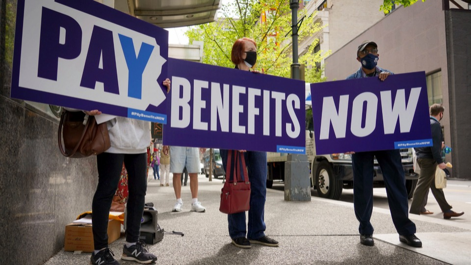 Republican governors yank unemployment aid even as jobs shortfall continues