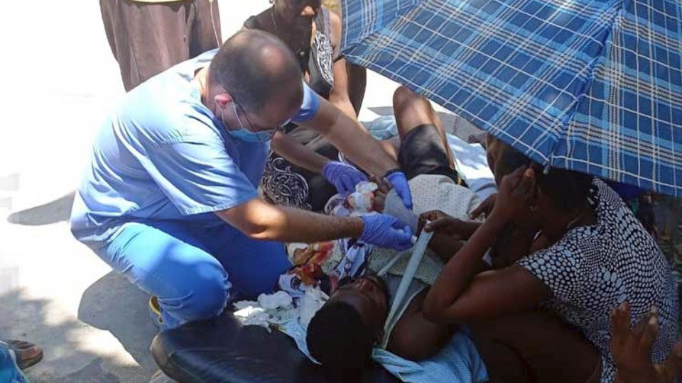 Cuban doctors and nurses stationed in Haiti jump into action following earthquake