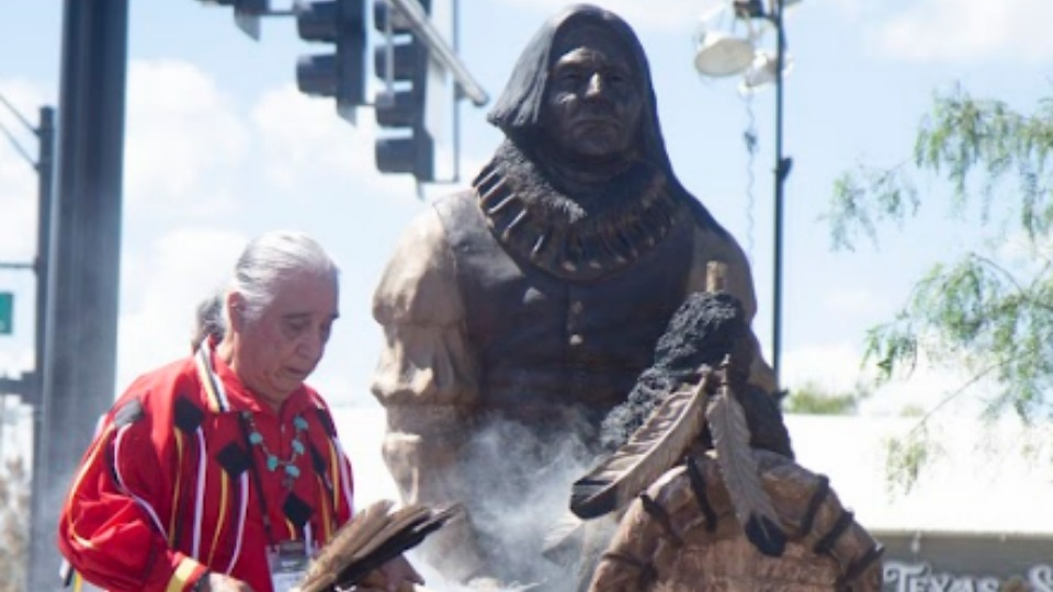 'Peace Circle' commemorates 1843 Treaty of Bird's Fort at Grapevine, Texas